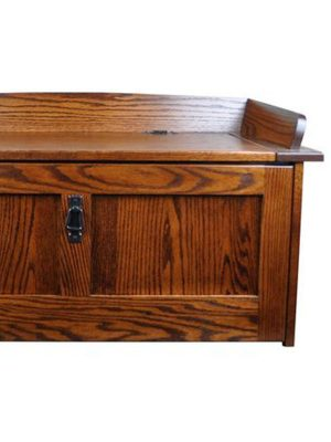 Wooden storage unit medium size space made up of plywood and PU glossy finish.